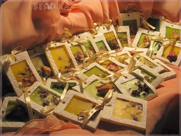 Подарки своими руками для пчеловодов